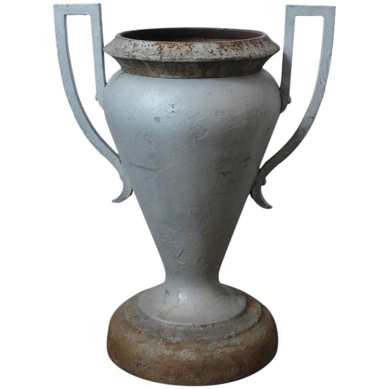 Art Deco American Cast Iron Urn by Kramer Brothers Company