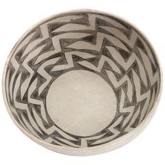 Prehistoric Native American Pottery Bowl, Anasazi, circa 1000-1200 CE