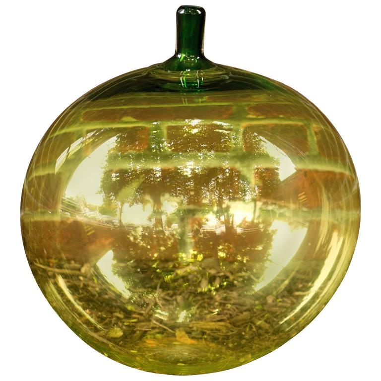 """Iconic Orrefors """"Apple,"""" Applet Vase by Ingeborg Lundin"""
