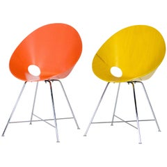 Two ST 664 Shell Chairs, Designed by Eddie Harlis