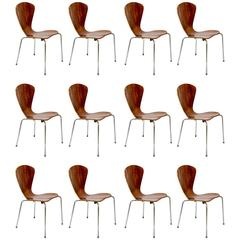 Set of 12 vintage Chairs by Arne Jacobsen