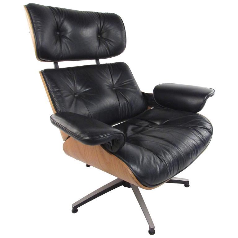 Vintage Modern Eames Style Swivel Lounge Chair