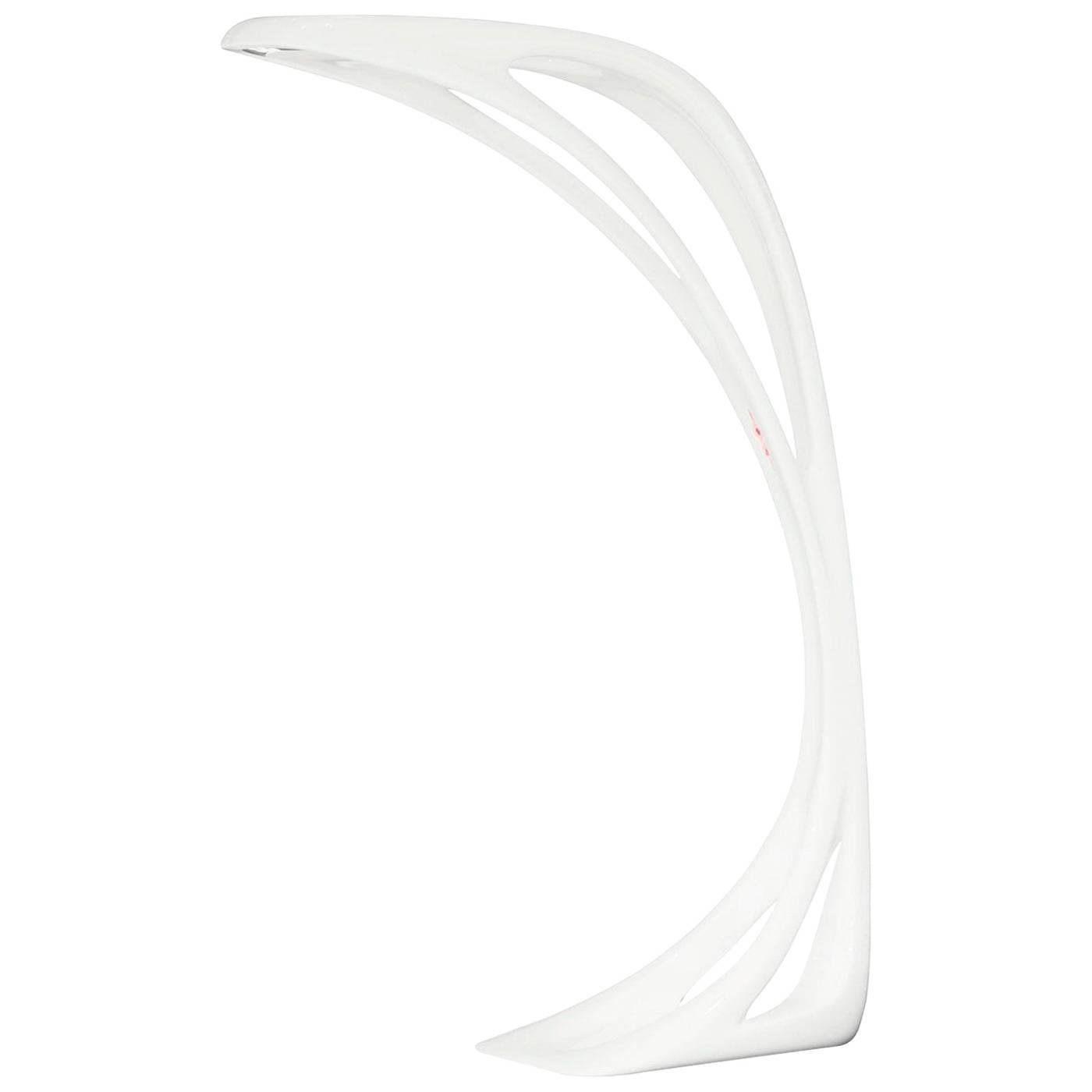 Brand new white artemide genesy floor lamp by zaha hadid for Zaha hadid lamp