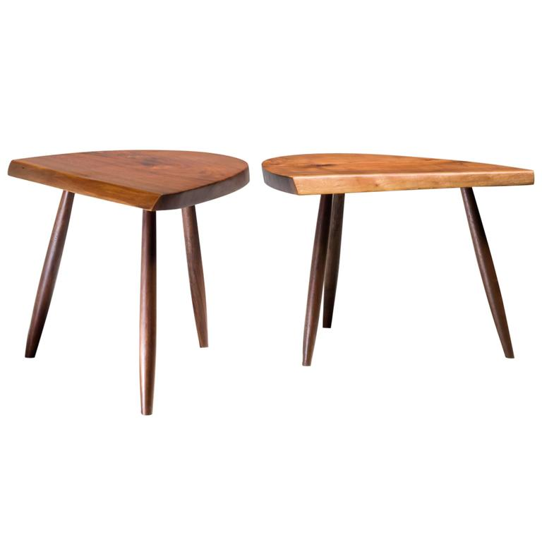 Phillip Lloyd Powell Pair Of Studio Craft Walnut Coffee Tables Usa 1960s For Sale At 1stdibs