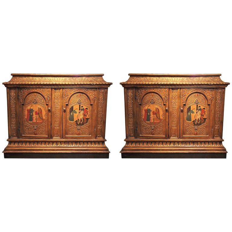 Pair of Antique Painted and Giltwood 19th Century Italian Cabinets For Sale - Pair Of Antique Painted And Giltwood 19th Century Italian Cabinets