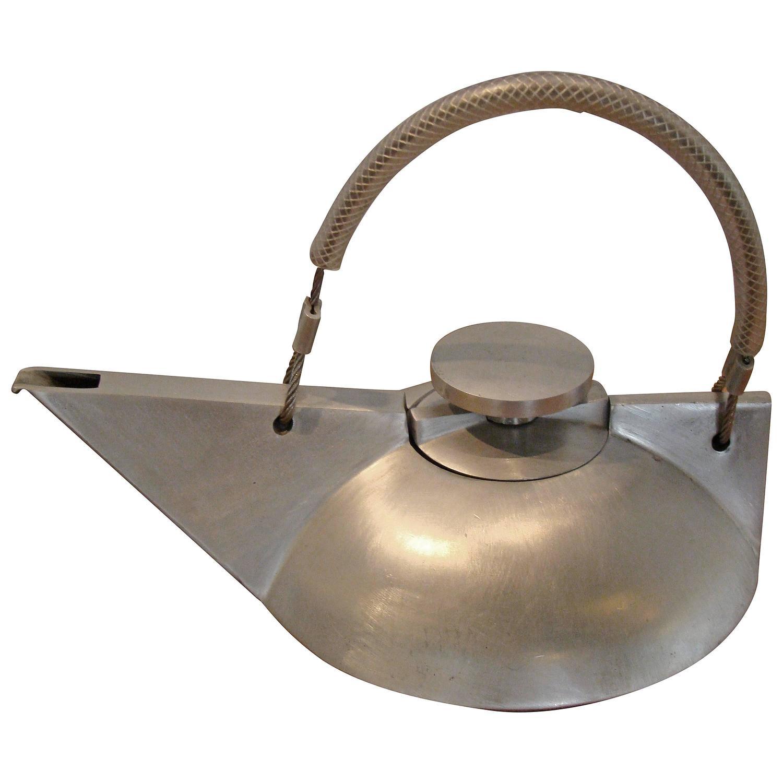 Modernist bauhaus art deco inspired sculptural teapot for for Replica bauhaus