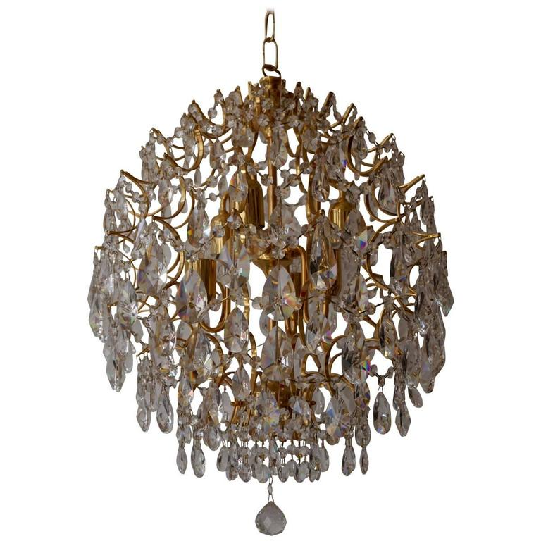 Italian Chandelier in Brass and Crystal  For Sale
