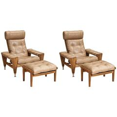 Rare Pair of Oak GE 500 Armchairs by Hans Wegner in Buttoned Leather