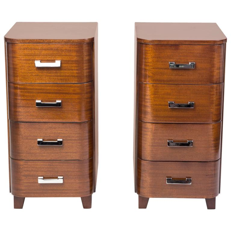 Outstanding Pair of Nightstands in Solid Mahogany For Sale