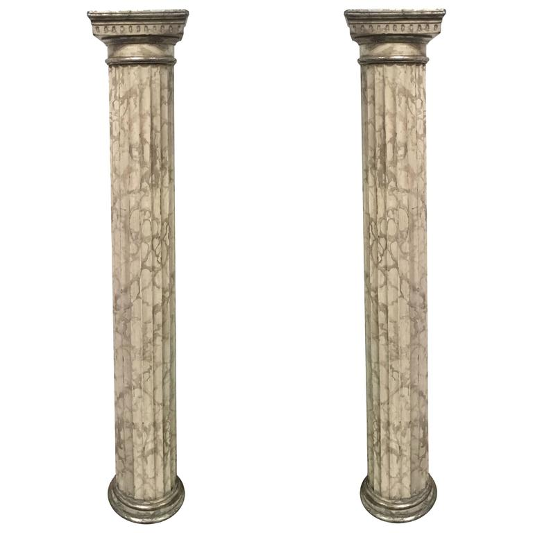Late 18th Pair of Italian Neoclassical Parcel-Gilt and Faux Marble Doric Columns For Sale