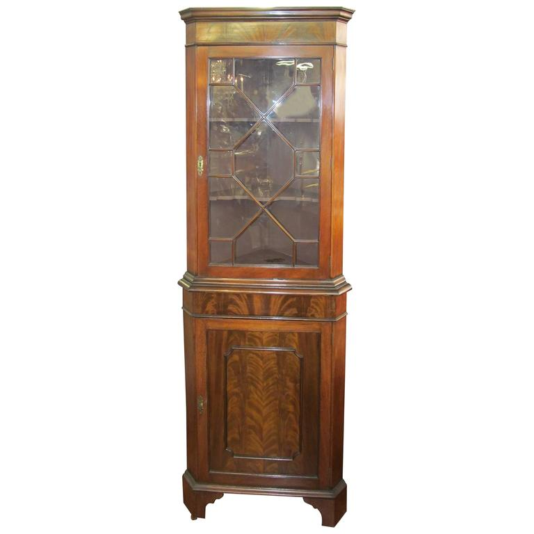 Beau Old English Flame Mahogany Chippendale Style Single Door Corner Cupboard.  Chippendale Style China Cabinet
