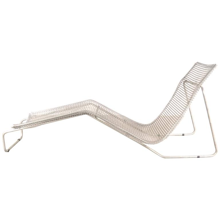 """Ruffian"" Chaise Longue by Niall O'Flynn for 't Spectrum, Netherlands, 1997 For Sale"