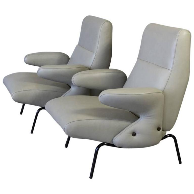Pair of Original Lounge Chairs by Erberto Carboni