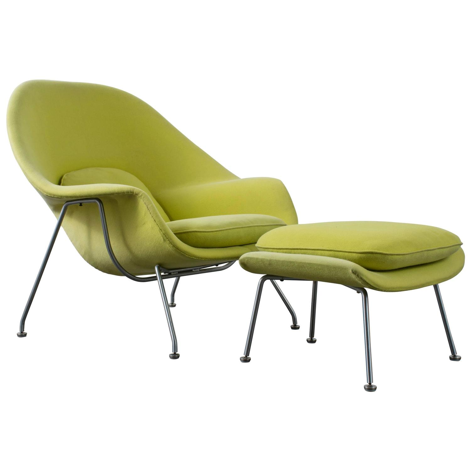 womb chair by eero saarinen for knoll at 1stdibs. Black Bedroom Furniture Sets. Home Design Ideas
