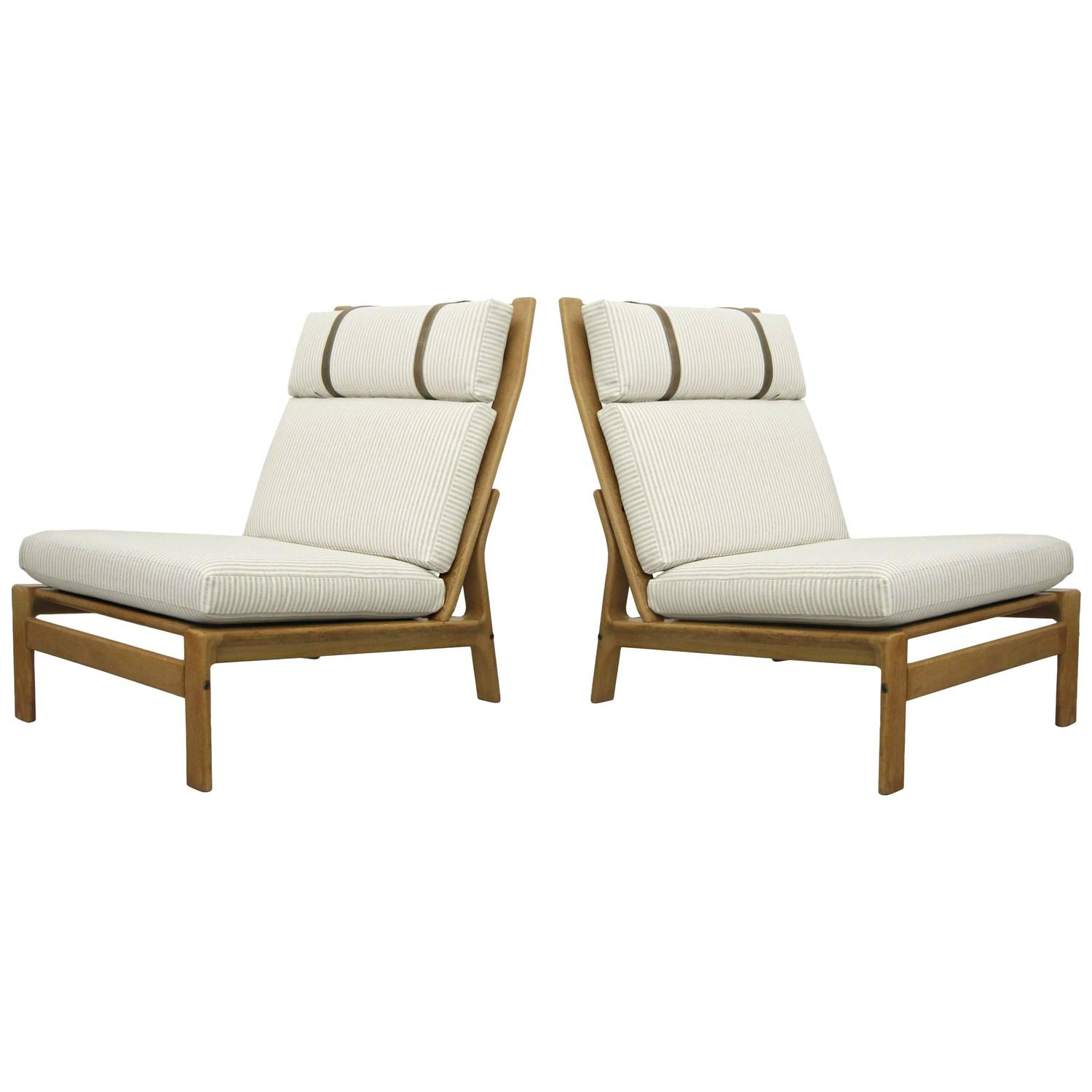 Pair of Oversized Danish Lounge Chairs by Komfort Design at 1stdibs