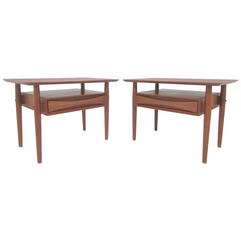 Pair of Danish Teak End or Side Tables with Drawer by Arne  : 5080923l from www.1stdibs.com size 768 x 768 jpeg 17kB