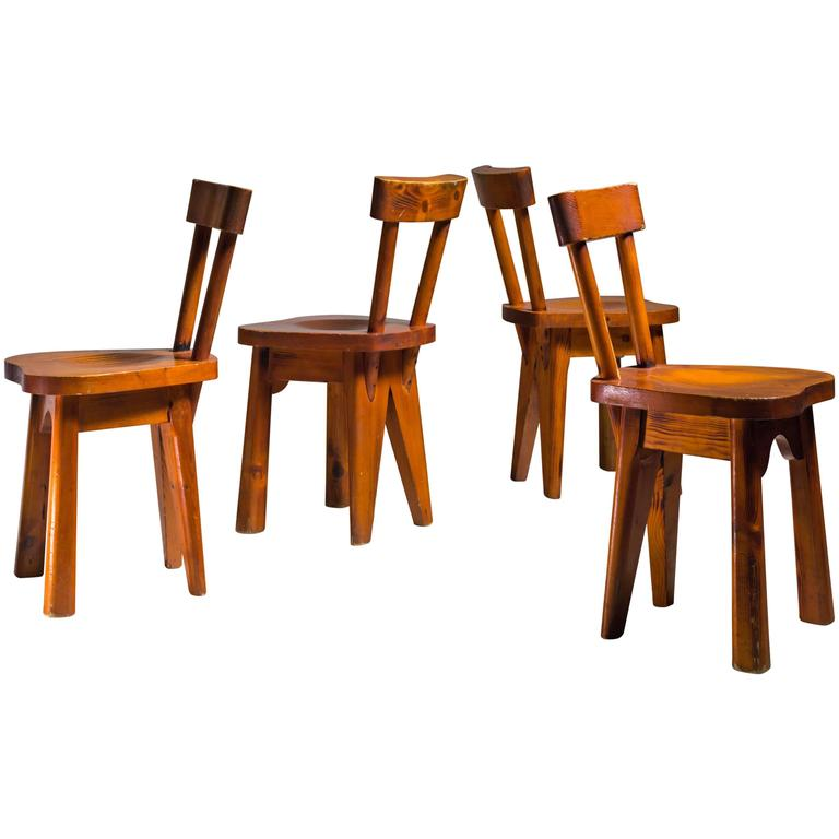 Renee Faublee Set of Four Pine Campagne Style Dining Chairs, France, 1950s