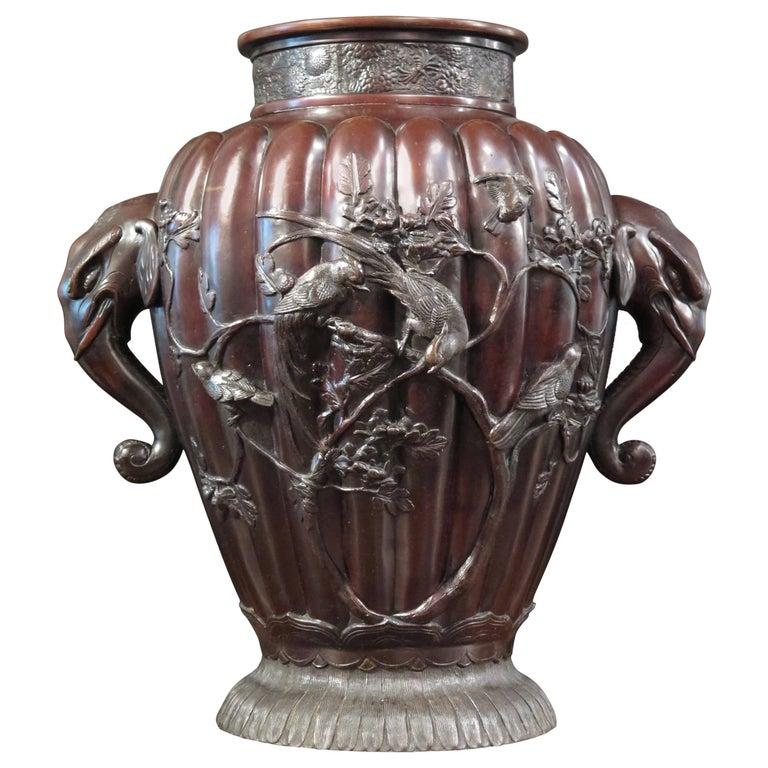 Massive Japanese Meiji Period Bronze Vase, Late 19th Century, Japan For Sale