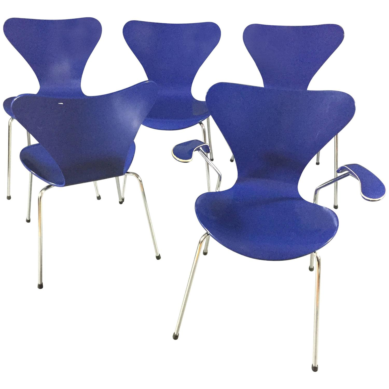 set of five arne jacobsen series 7 chairs fritz hansen denmark at 1stdibs. Black Bedroom Furniture Sets. Home Design Ideas