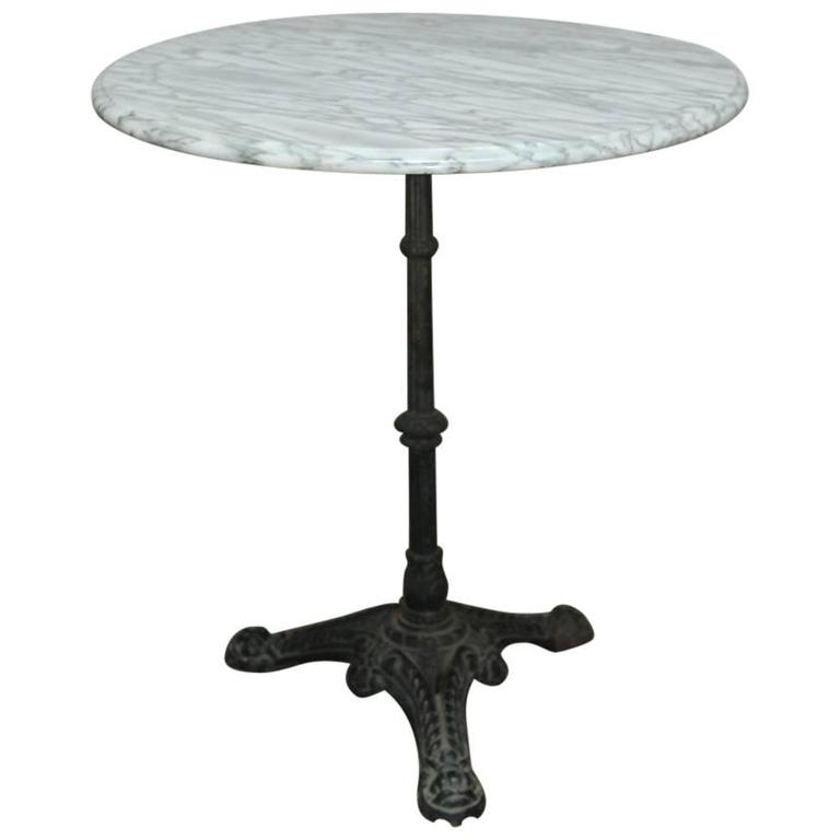 Merveilleux French Parisian Marble Top Bistro Table For Sale