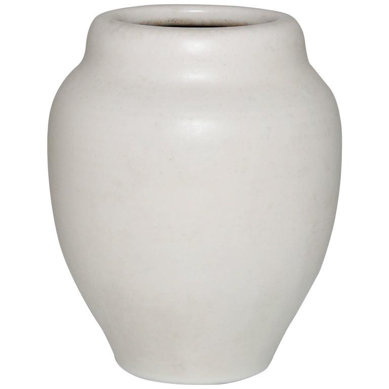 Rare Art Deco Pilkingtons Royal Lancastrian White Ceramic Pot Vase