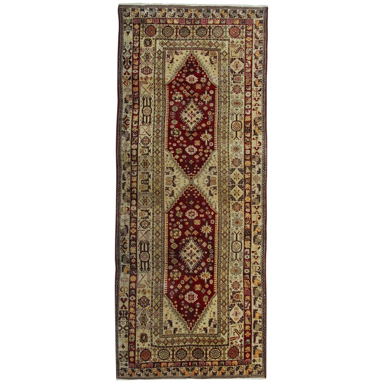 Antique Persian Style Rugs, Agra Carpet Runners from India For Sale