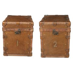 Pair of Vintage Steamer Trunk Luggage Boxes Side Tables