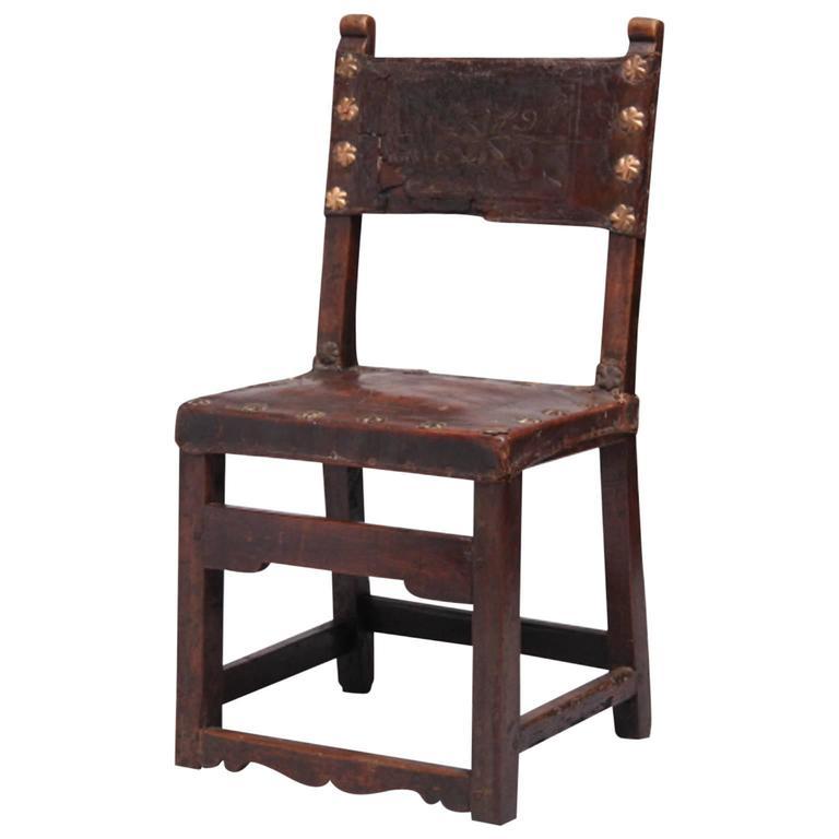Walnut Italian Chair, circa 1650 1