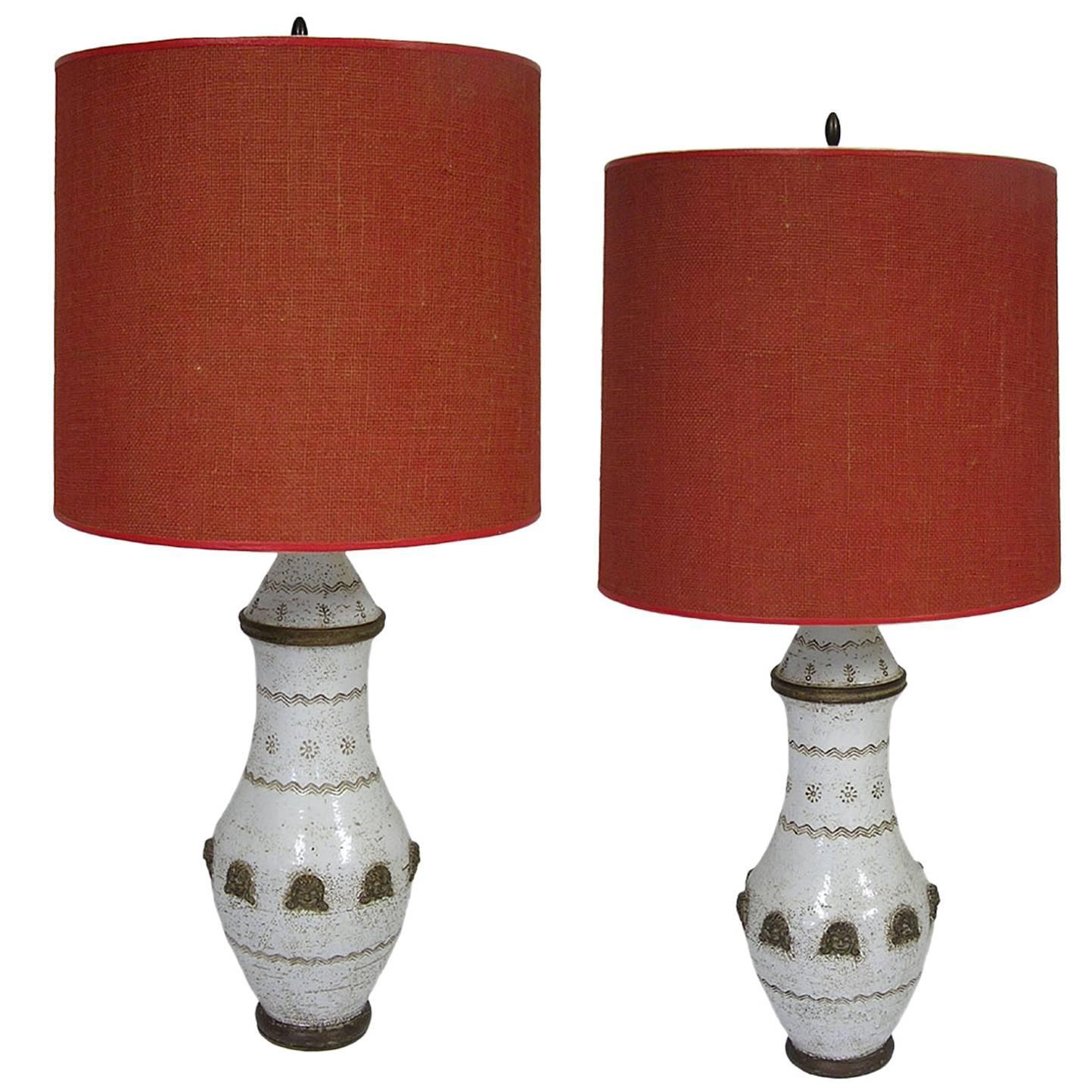 Modern ceramic table lamps - Pair Of Mid Century Modern Italian Pottery Lamps By Ugo Zaccagnini Circa 1950s