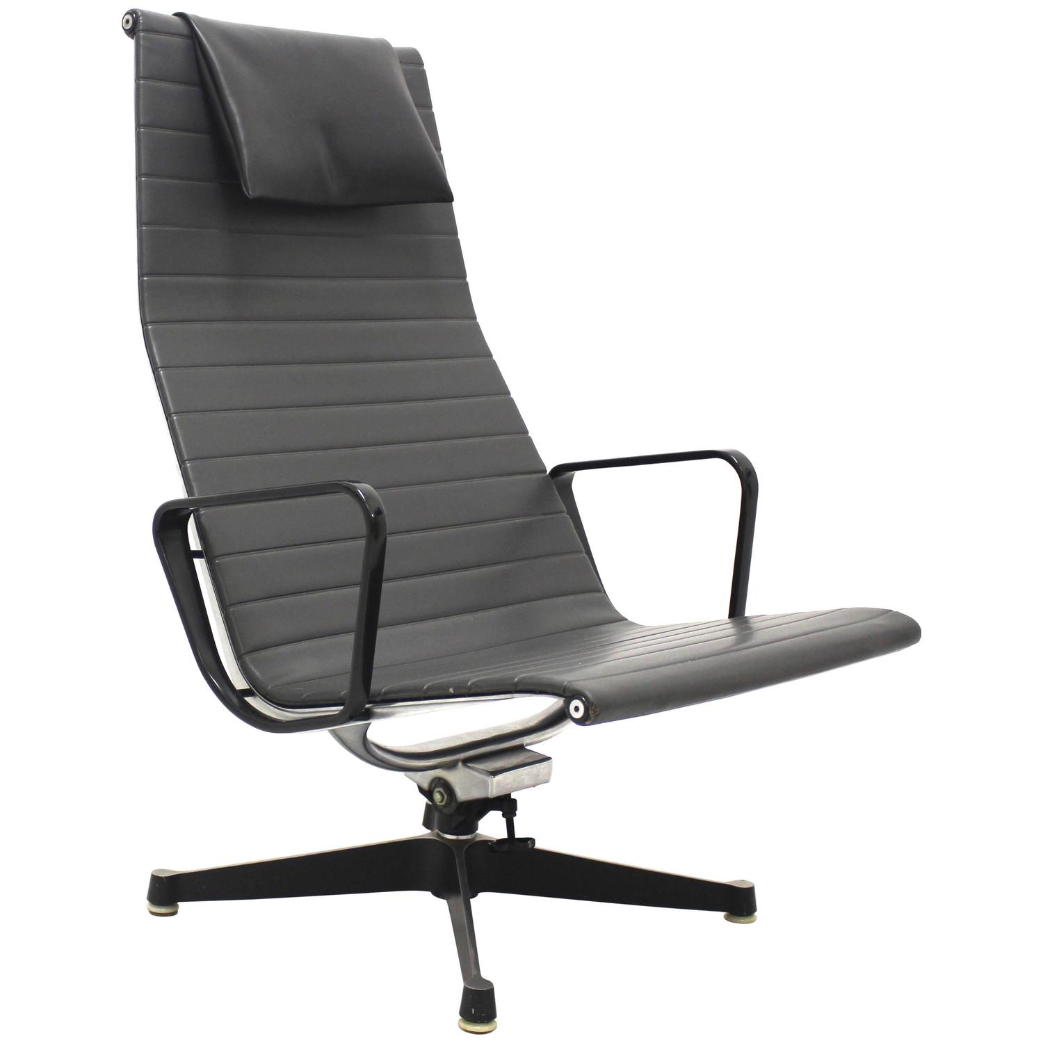 Aluminium Lounge Chair EA By Ray And Charles Eames For - Charles eames lounge chair