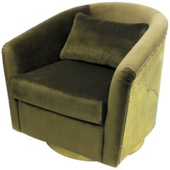 Natural Green Armchair in Velvet with High Gloss Hammered Brass Back