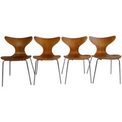 """Rare Set of Four Oak and Chrome """"Seagull' Chairs Model 3108 by Arne Jacobsen"""