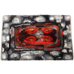 Rya Rug, Scandinavian Shag, Handmade in Sweden, circa 1970, Red, Grey, White