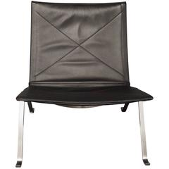 PK22 in Black Classic Leather by Poul Kjaerholm and Fritz Hansen, 2008