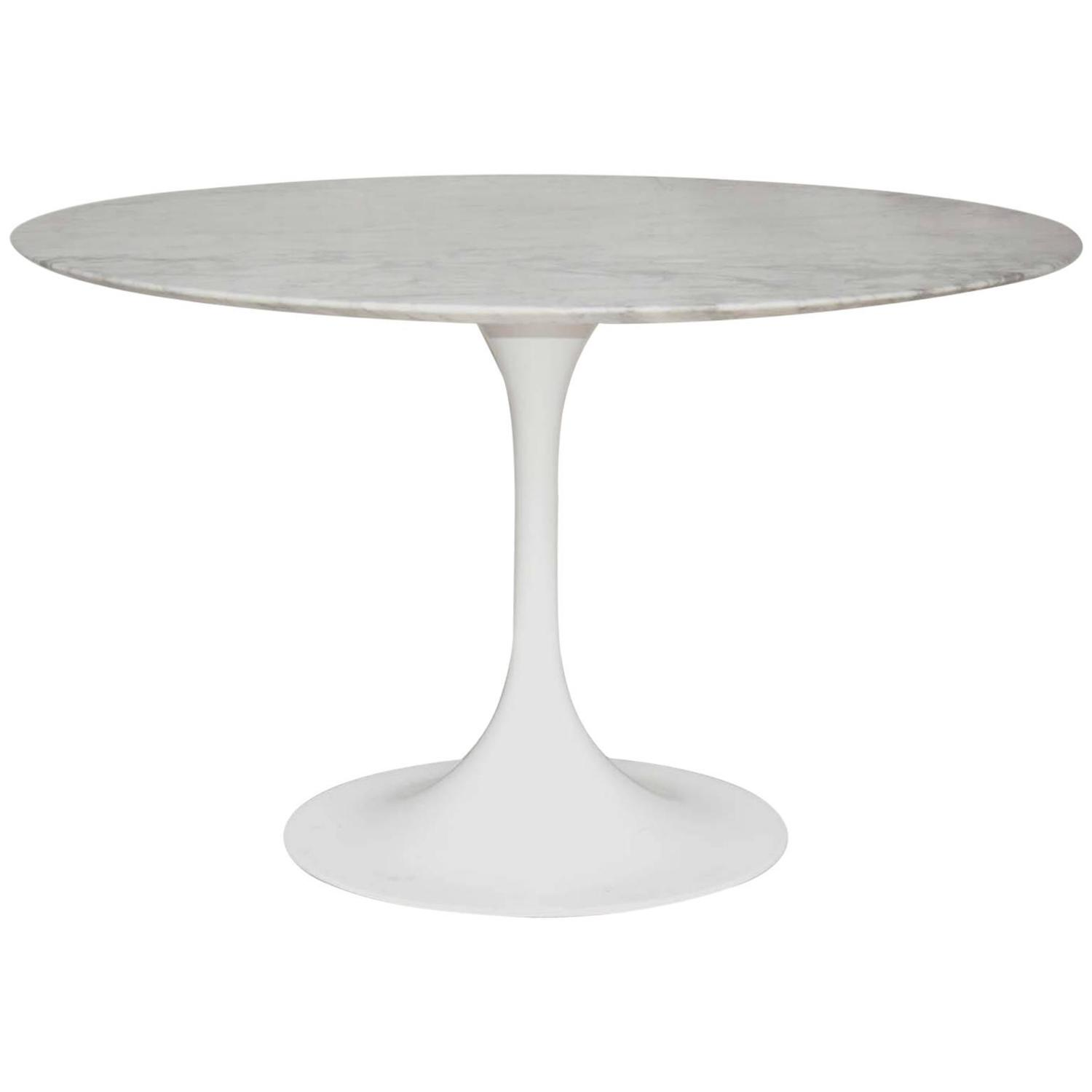Eero saarinen style tulip dining table marble top at 1stdibs for Tulip dining table