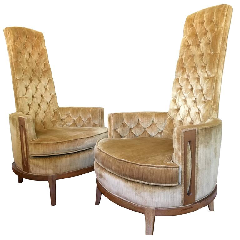 Hollywood Regency Pair Of High Back Chairs In Vintage Tufted Gold Velvet  For Sale