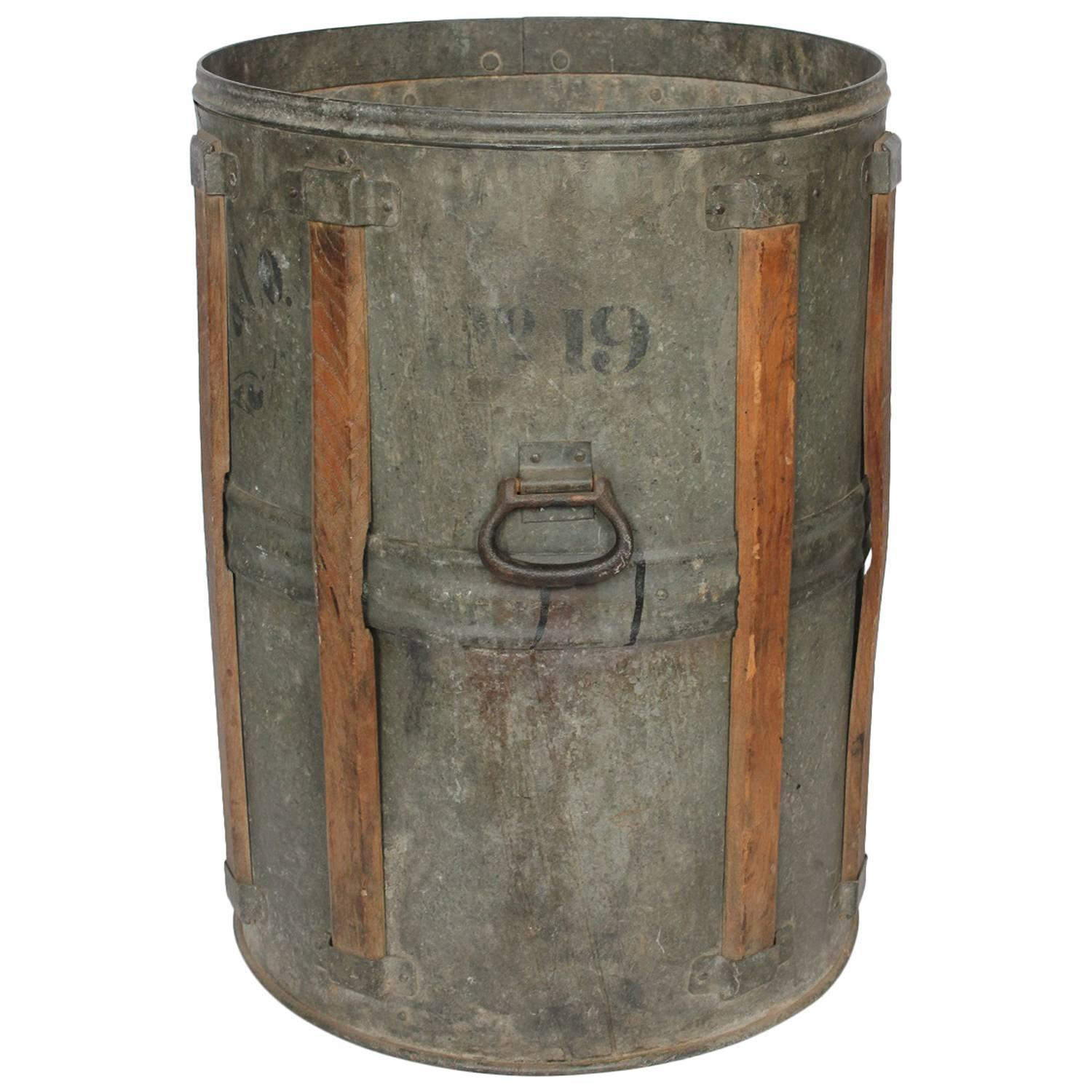 Antique rustic metal bucket at 1stdibs for Rustic galvanized buckets