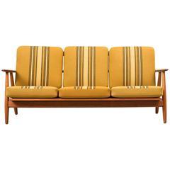 Hans Wegner Cigar Sofa