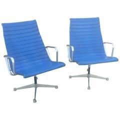 Eames Design High Back Aluminum Group in Original Blue Fabric
