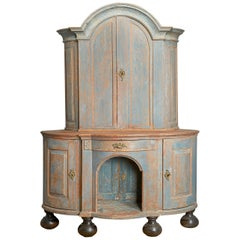 Swedish Painted Wood Corner Cupboard, Late 18th Century