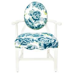 White Lacquered Chippendale-style Armchair