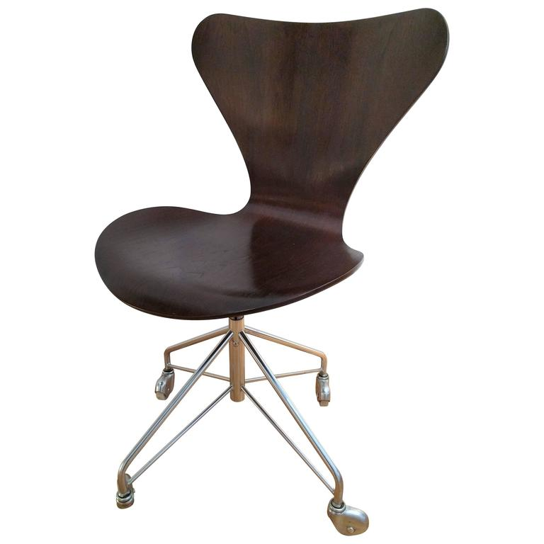 Arne Jacobsen Office Chair 1970 For Sale at 1stdibs