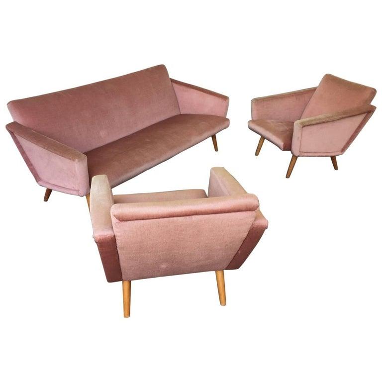 Wonderful Italian Sofa Set For Sale