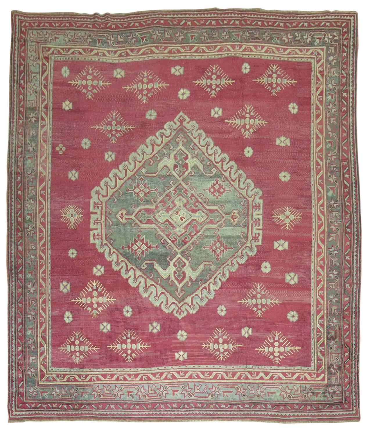 Turkish Ground Rug: Antique Turkish Oushak Ghiordes Style Rug For Sale At 1stdibs