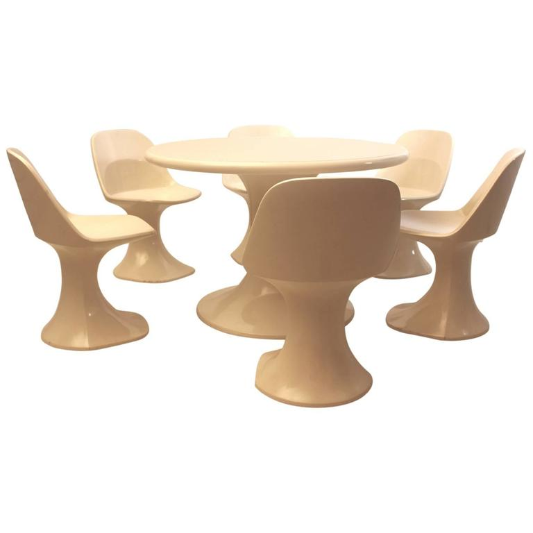 White Fiberglass Table and Six Chairs, Finland, 1970s