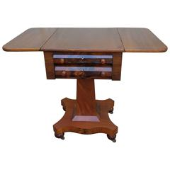 Neoclassical American Empire Drop-Leaf Side Table in Mahogany, circa 1830-1840