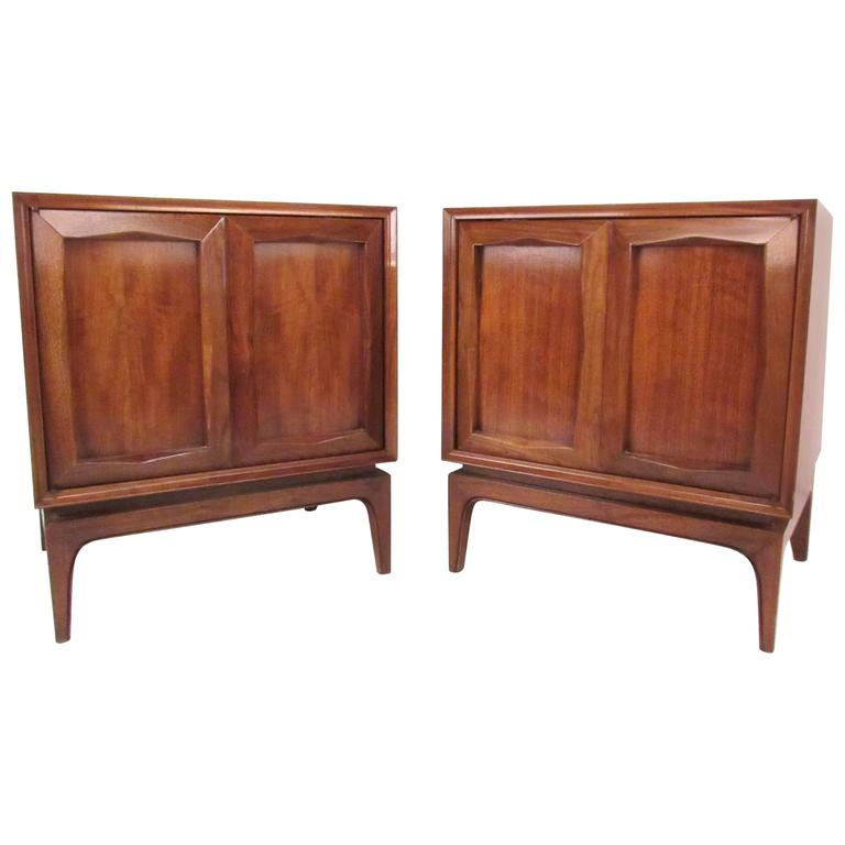 Mid century american walnut nightstands for sale at 1stdibs for American walnut bedroom furniture