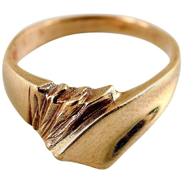 Gold Ring in Modern Scandinavian Design For Sale at 1stdibs