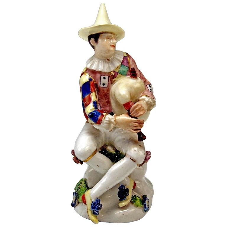 Meissen Lovely Harlequin Musician with Bagpipes by Kaendler, circa 1745