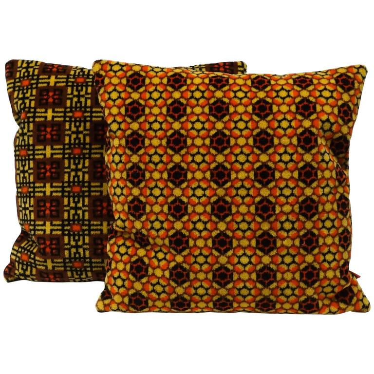 Pair of Mid-Century Modern Decorative Pillows by EllaOsix at 1stdibs